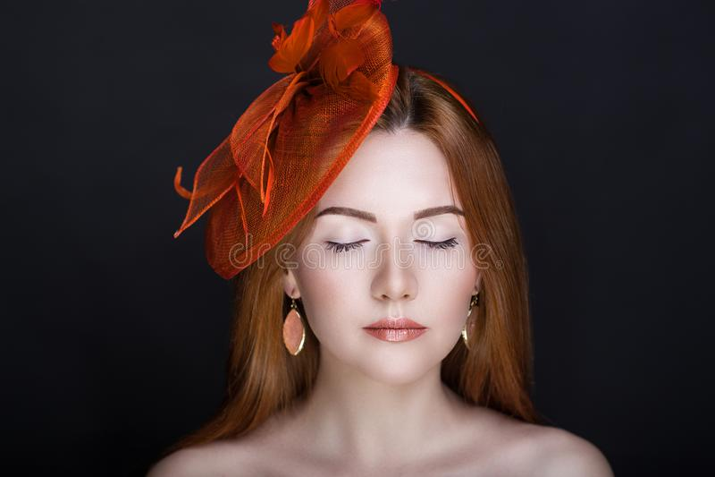 FEMME DE RED HAT images stock