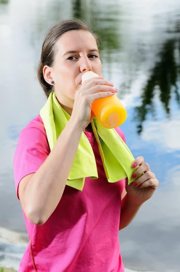 Femme De Rehydratation Photos libres de droits