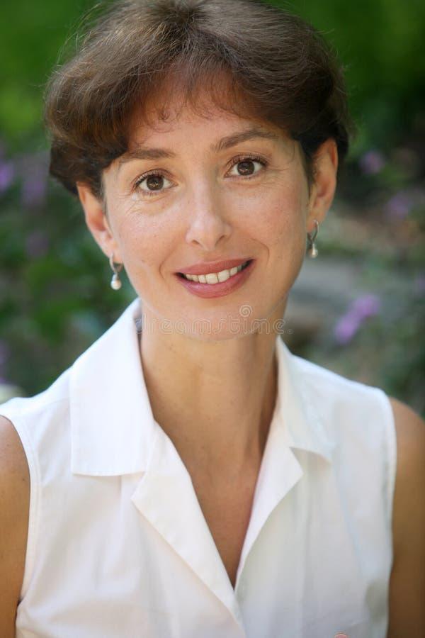 Femme de sourire de middleage images libres de droits