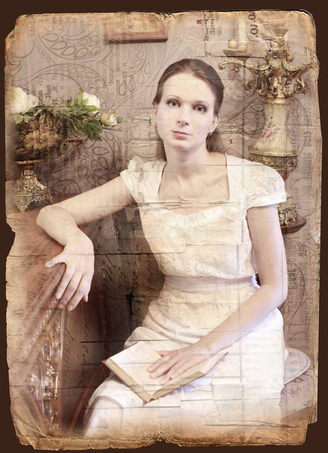 Femme de type de cru avec le livre photographie stock