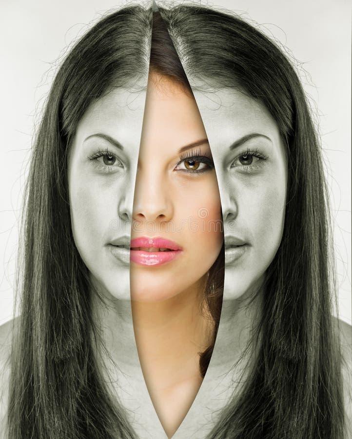 Femme derrière le masque avant et après le maquillage photographie stock libre de droits