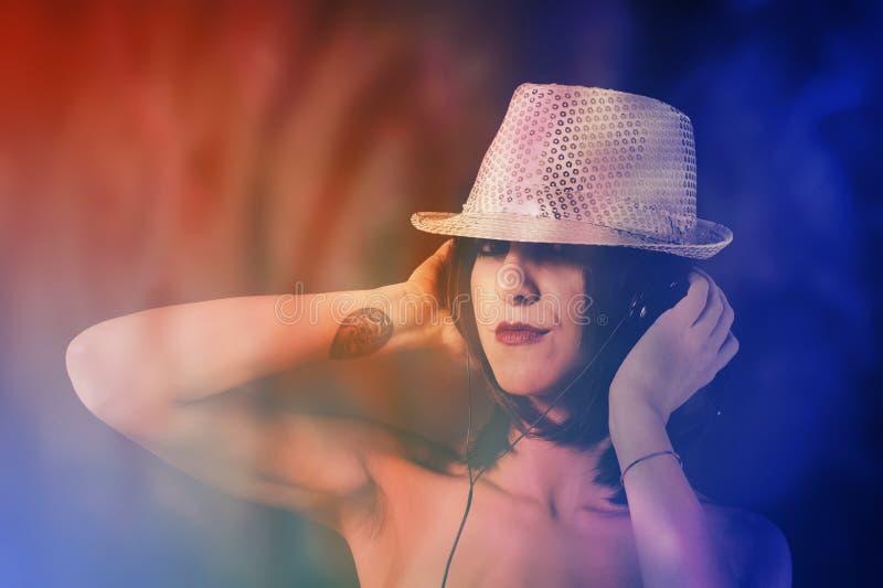 Femme DJ photos libres de droits