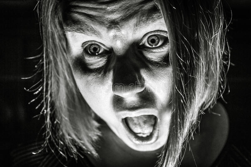 Femme effrayée photographie stock
