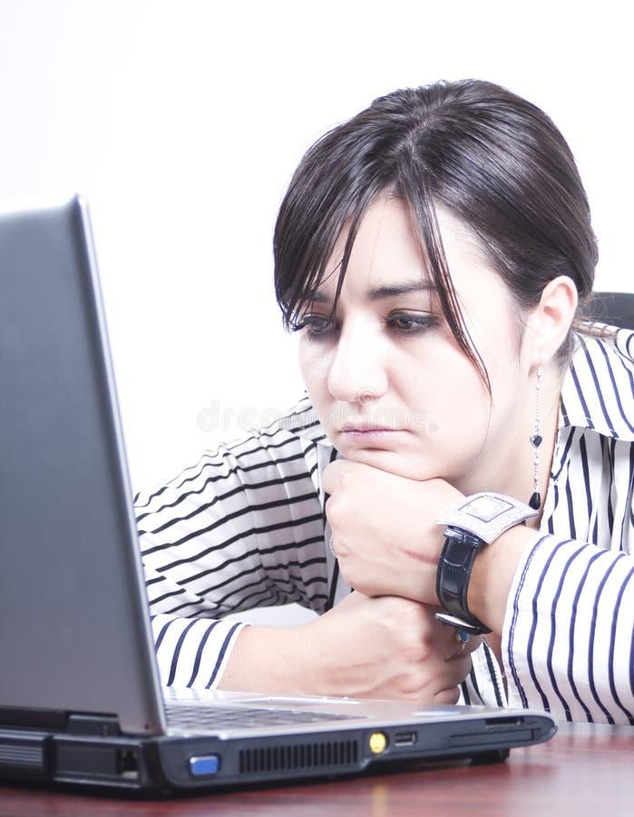 Femme ennuyé au travail photos libres de droits