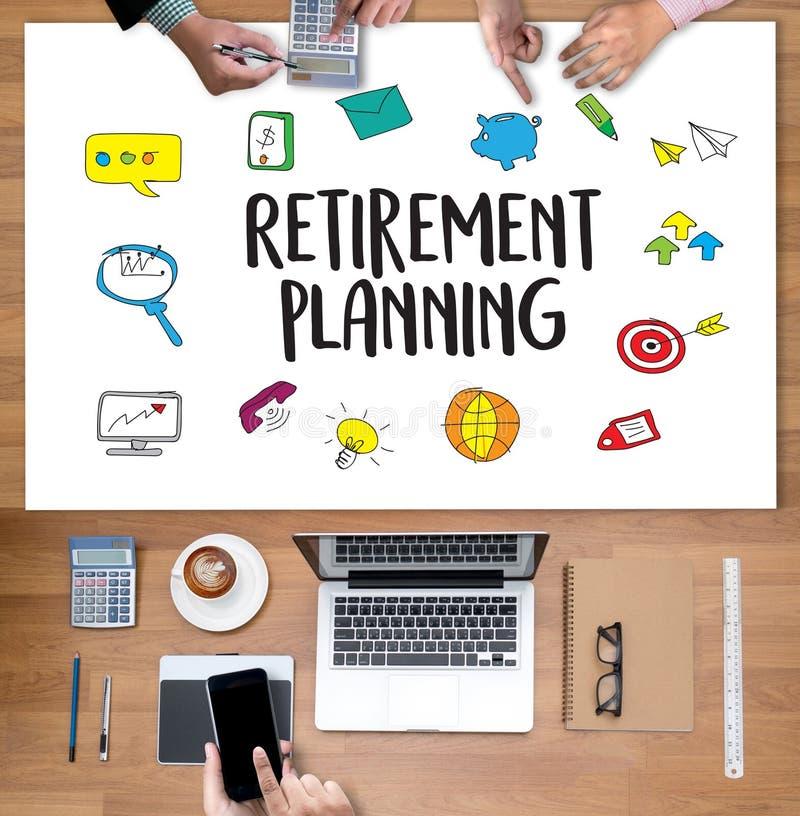 Femme et homme de planification de la retraite au pla financier de retraite illustration stock