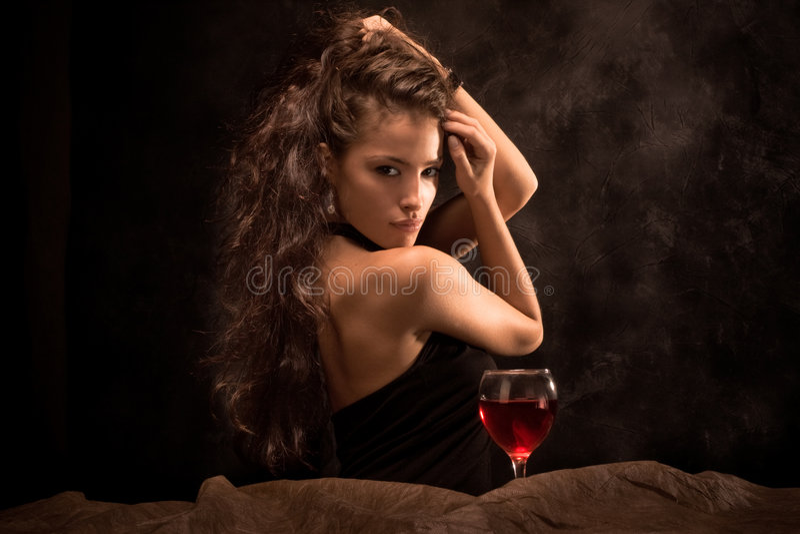 Femme et vin photo stock