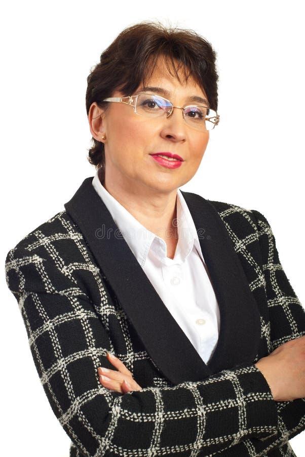 Femme exécutive âgée moyenne avec des glaces images stock