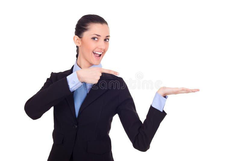 Femme Excited affichant le produit photo stock