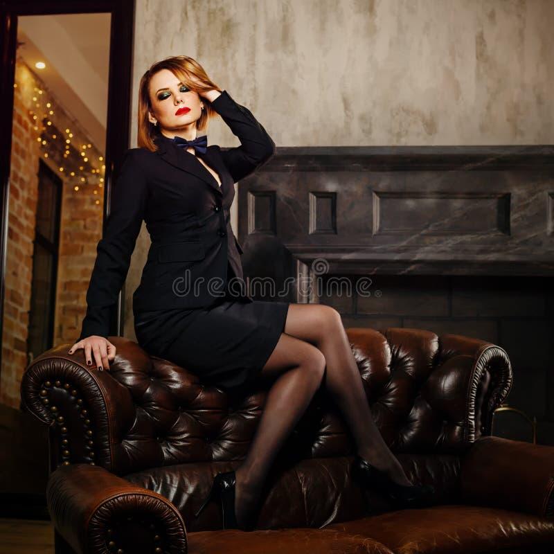 Femme fatale stock foto's