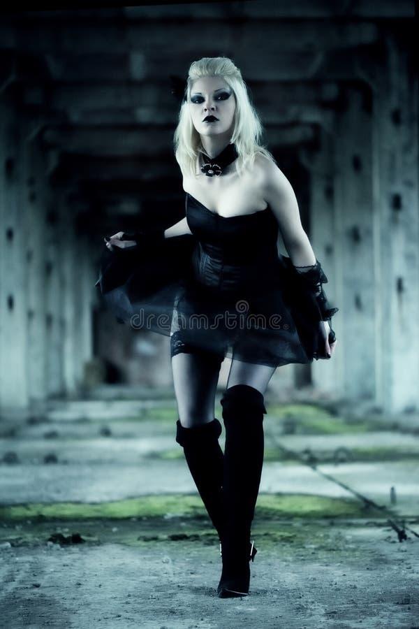Femme gothique de sorci?re images libres de droits