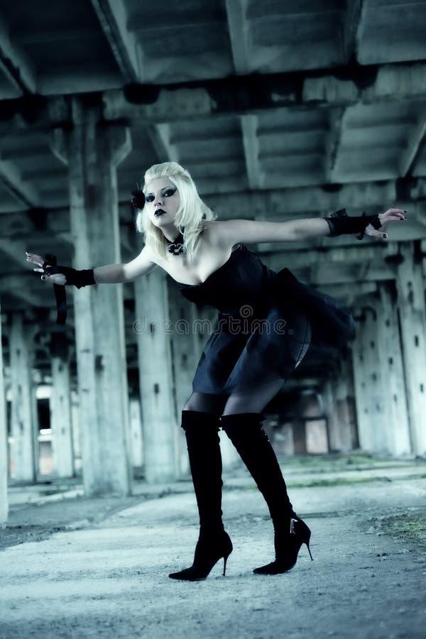 Femme gothique de sorci?re image libre de droits