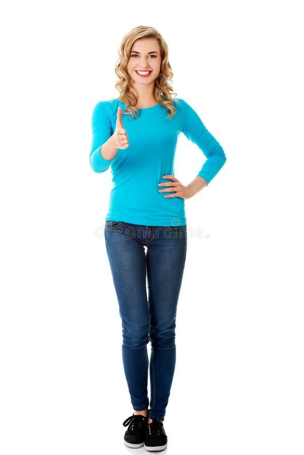 Femme intégrale prête à la poignée de main image stock