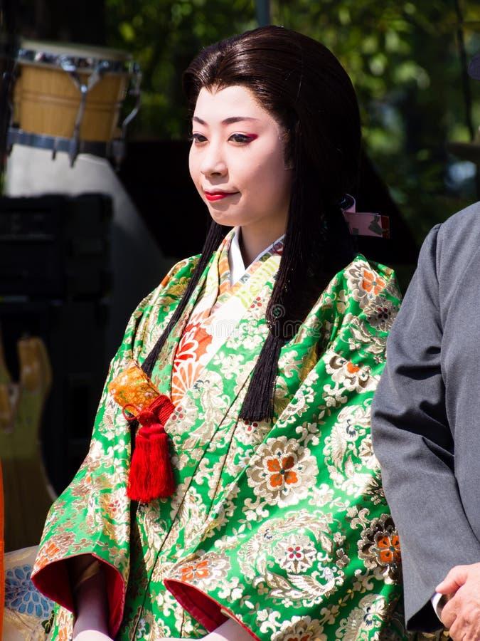 Femme japonaise dans l'équipement traditionnel historique photographie stock