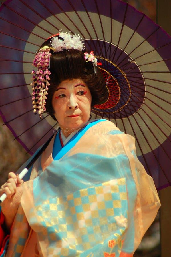 Femme japonaise dans la robe traditionnelle image libre de droits