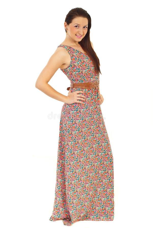 Femme modèle dans la longue robe d'été photos libres de droits