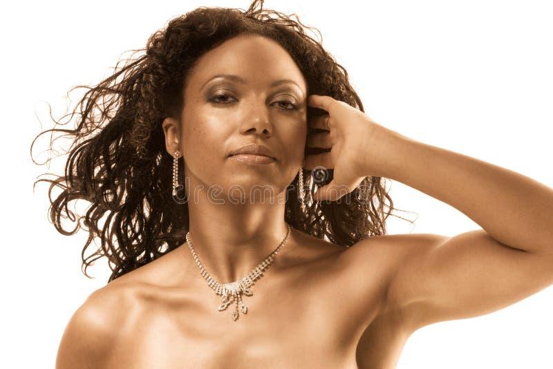 femme moyen ethnique âgé de verticale de beauté photos stock