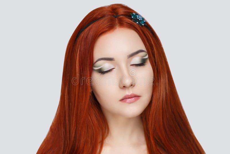 Femme orange de cheveux images stock