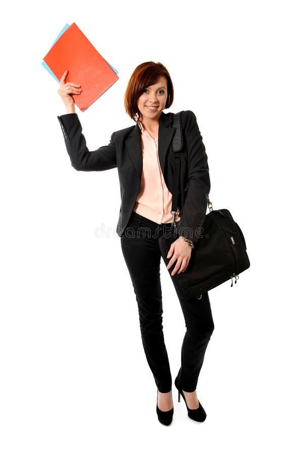 Femme ou étudiant heureuse d'affaires avec la position et le sourire de portfolio images libres de droits