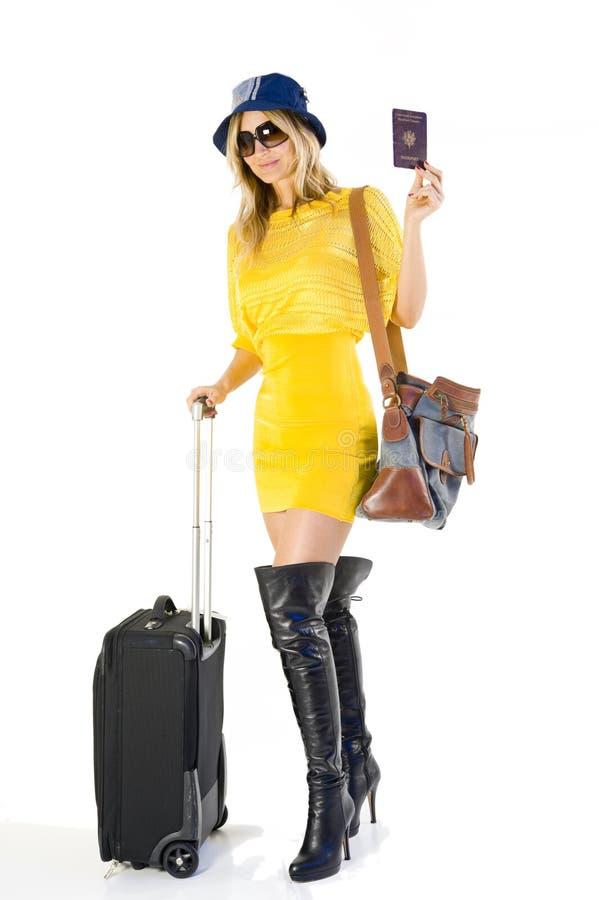 Femme partant en vacances image libre de droits