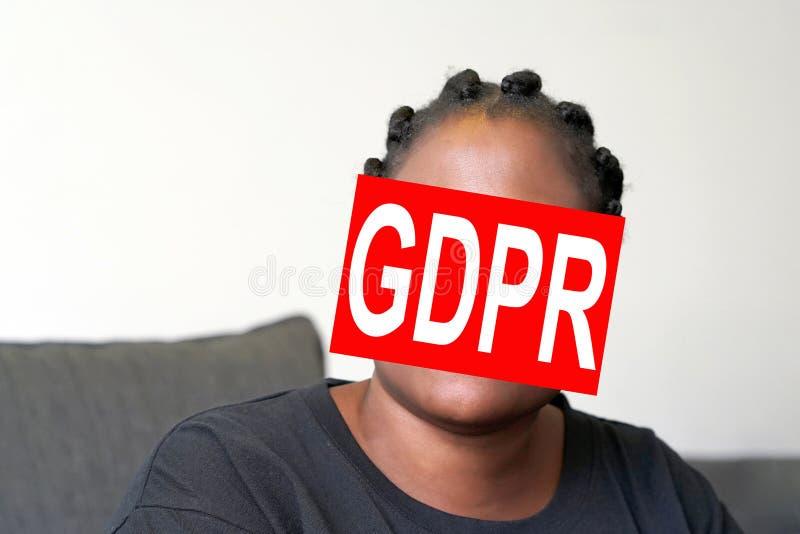 Femme réglementaire de visage de protection des données générale image stock