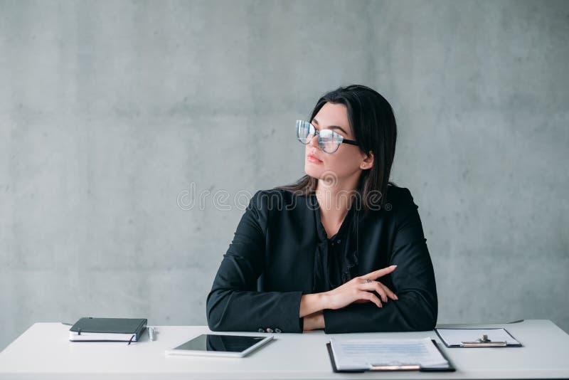 Femme réussie d'affaires de carrière femelle de chef image libre de droits