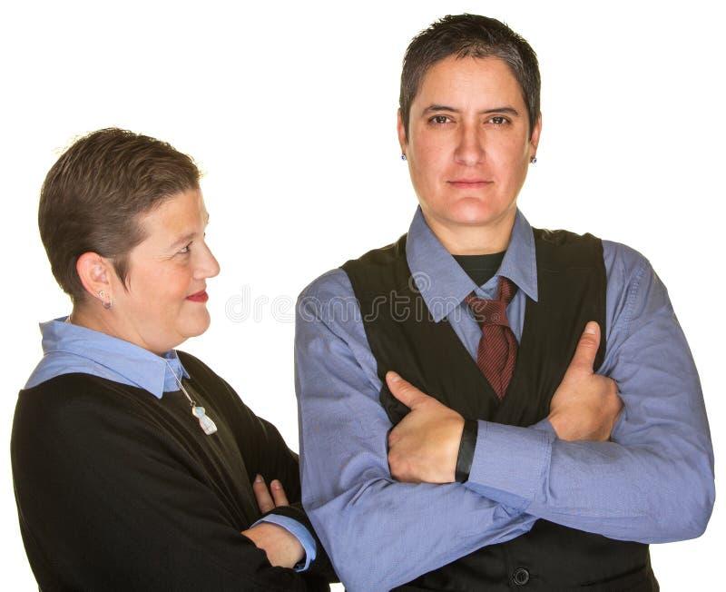 Femme regardant l'associé dans le lien image libre de droits