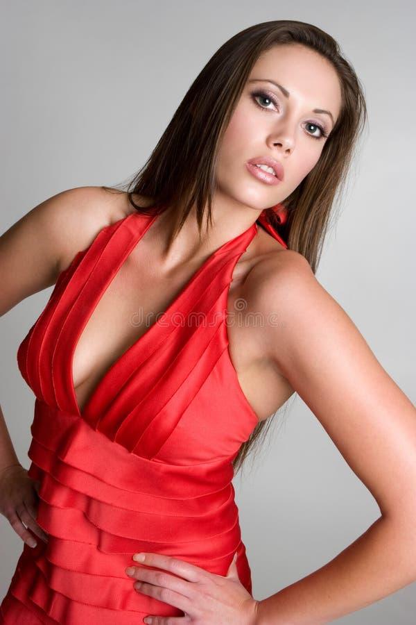 Femme rouge de robe photo libre de droits