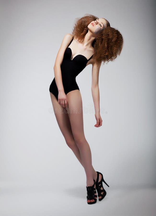 Femme roux de joli mannequin vedette - sexiness image libre de droits
