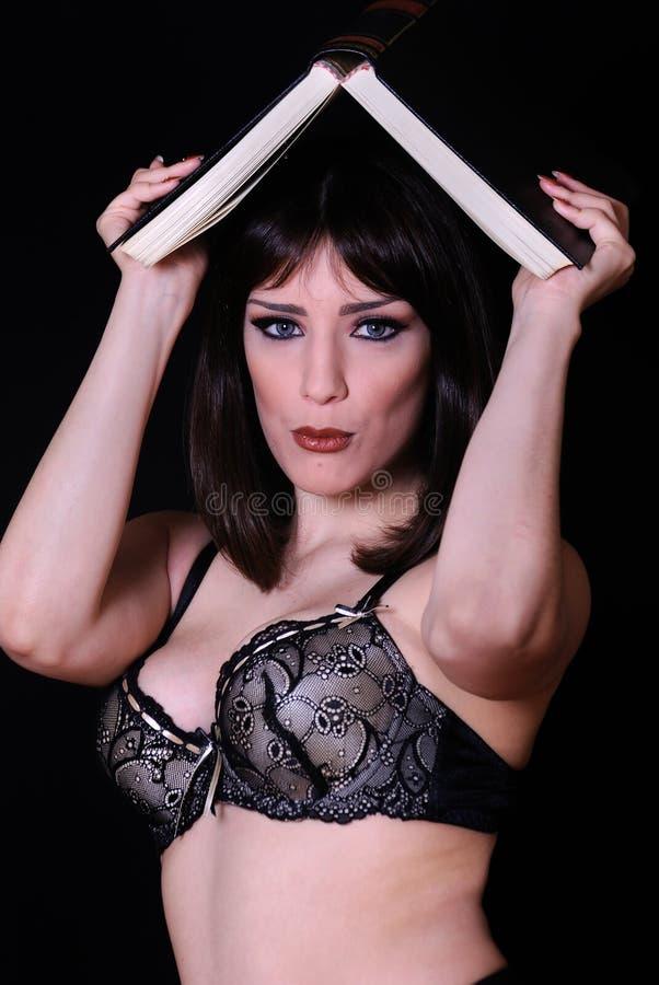 Femme sexy dans la pose exceptionnelle images libres de droits