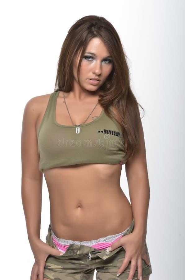 Femme sexy dans le camo photos libres de droits