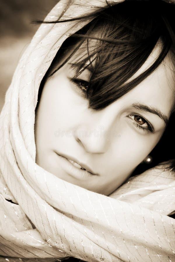 Femme sous le voile photos libres de droits
