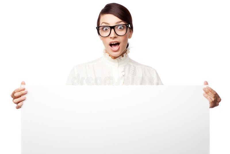 Femme strict en grandes glaces photographie stock libre de droits