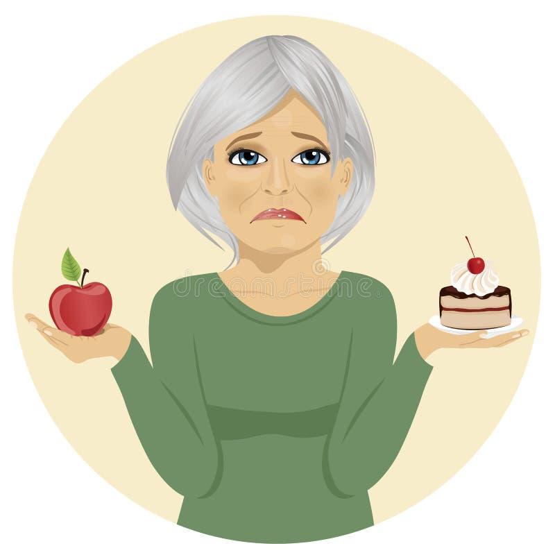 Femme supérieure triste choisissant entre le gâteau de couche de chocolat et la pomme pour le dessert illustration libre de droits