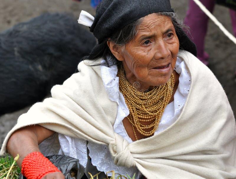Femme traditionnelle d'Ecuadorian images stock