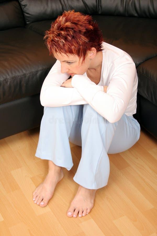 Femme triste 2 de roux images stock
