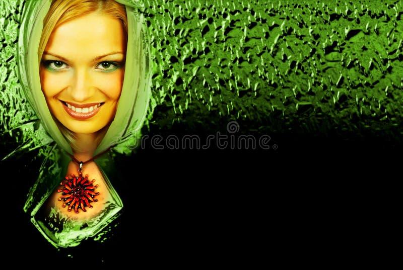 Femme verte mystérieuse. photo libre de droits
