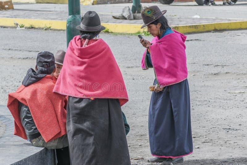 Femmes adultes indigènes équatoriennes photographie stock libre de droits