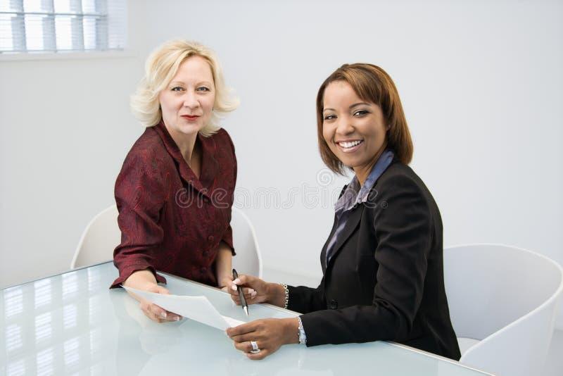 Femmes d'affaires heureuses photo libre de droits