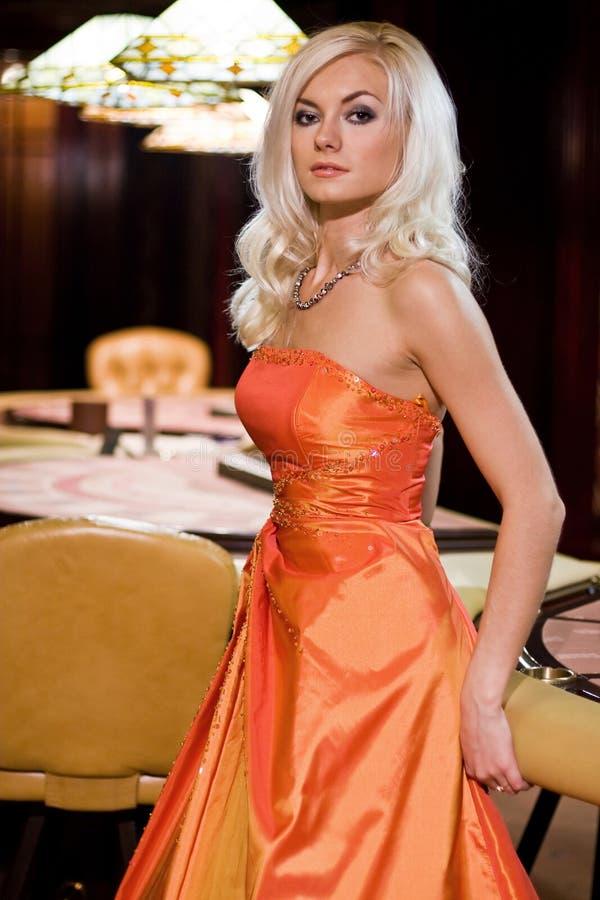 Femmes dans le casino image libre de droits