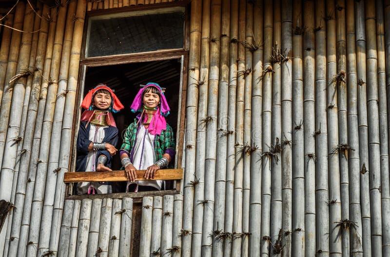 Femmes de la tribu de Kayan Lahwi dans Myanmar photo libre de droits