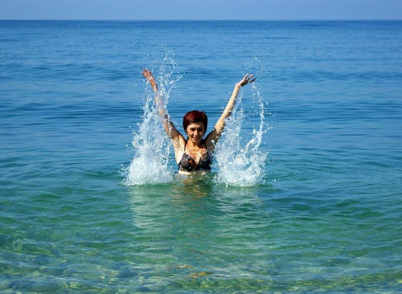 femmes de mer jeunes photos libres de droits