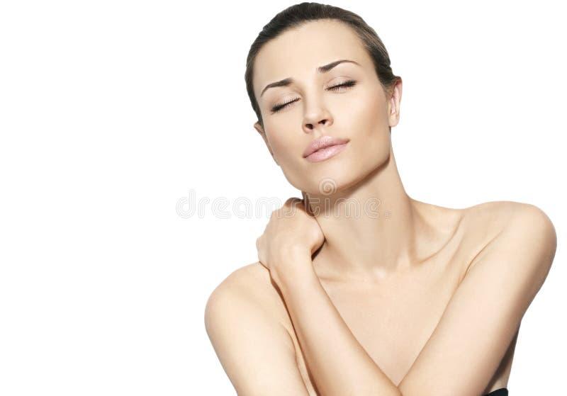 Femmes normaux de beauté à l'arrière-plan blanc photographie stock