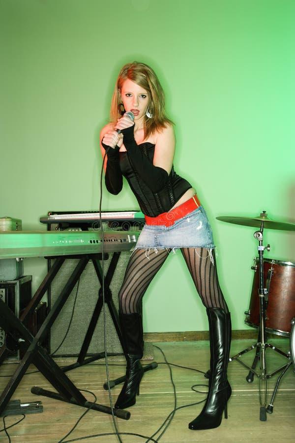 Femmina di canto. fotografie stock libere da diritti