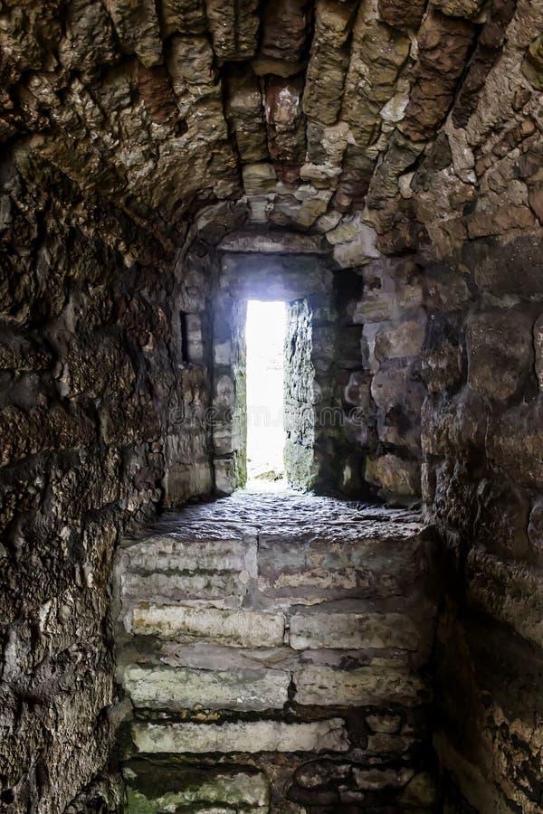 Fenêtre antique - échappatoire image stock