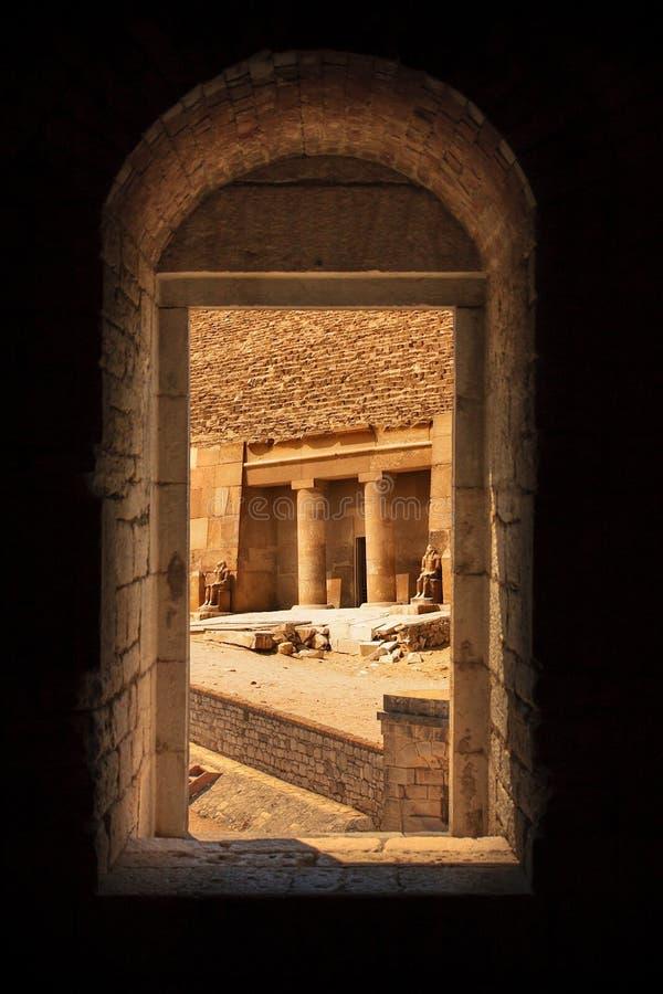 Fenêtre antique de l'Egypte photos stock