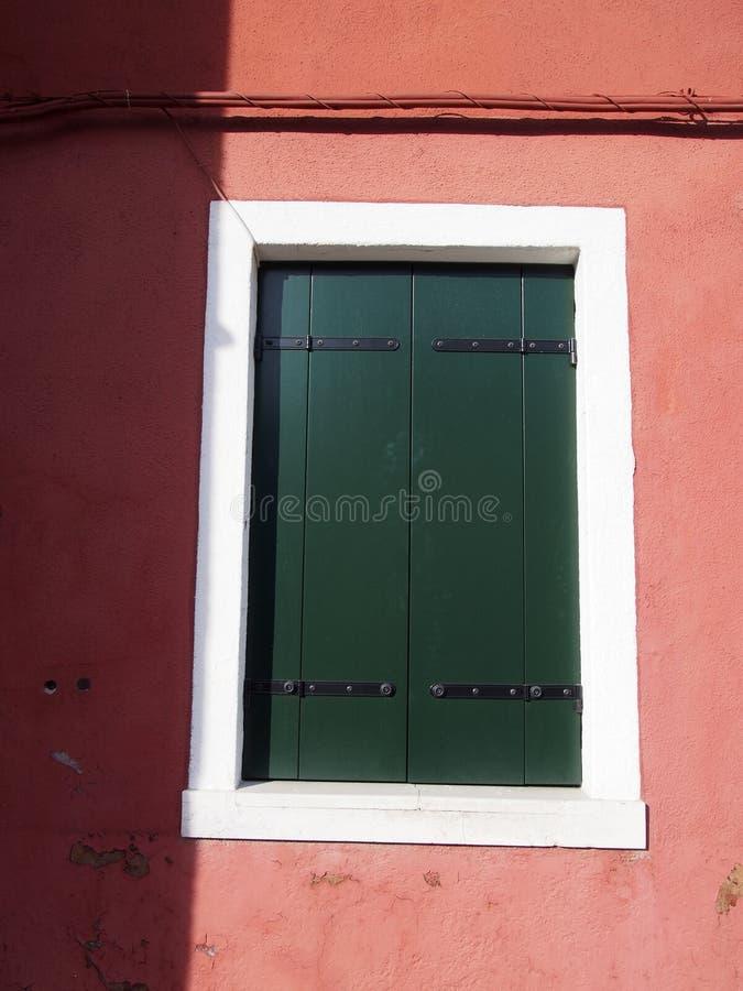 Fenêtre - Burano photos libres de droits