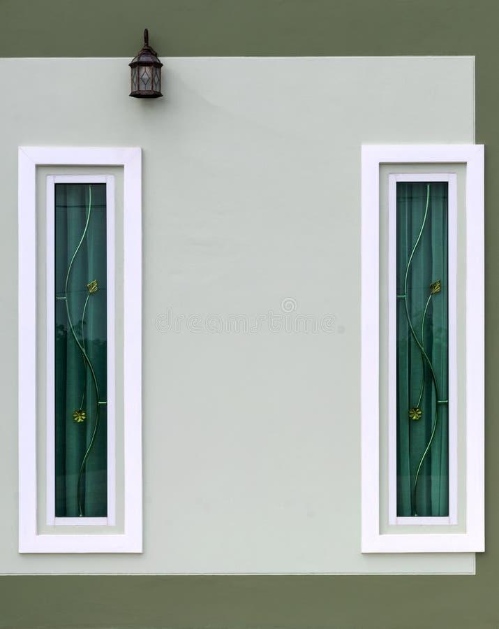 Fenêtre concrète rectangulaire blanche photographie stock