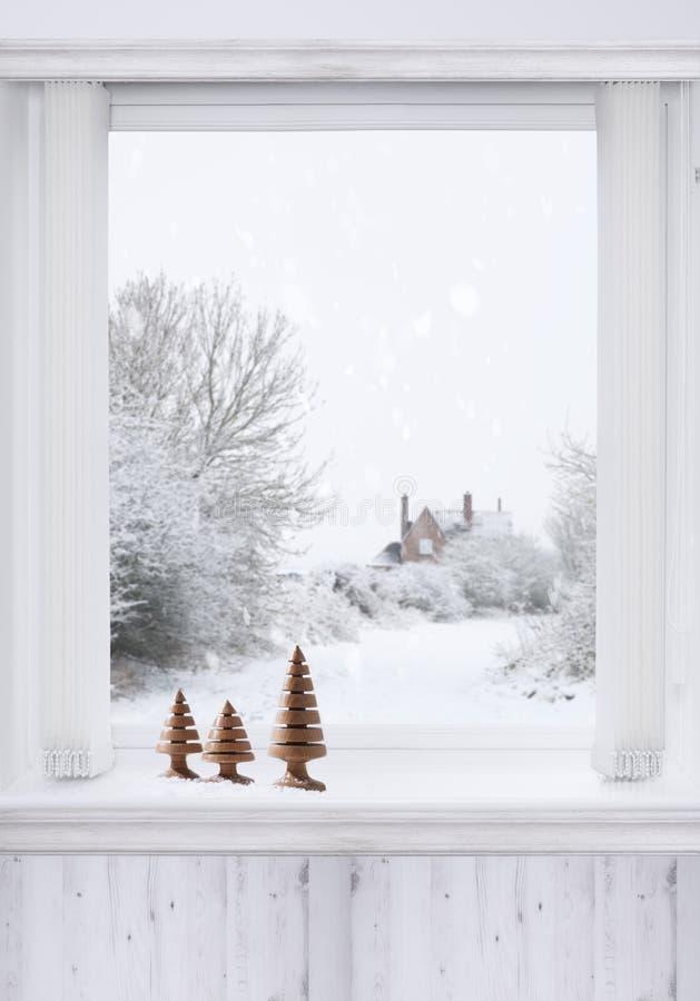 Fenêtre d'hiver photographie stock
