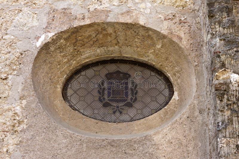 Fenêtre d'Oculus dans le monastère de Sant Cugat photographie stock libre de droits