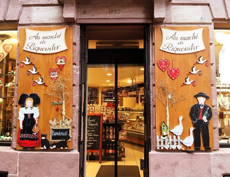 Fenêtre de boutique en Alsace image libre de droits